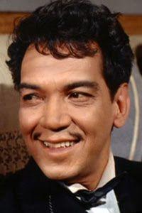 Escritos en el Tiempo: Cantinflas y su regalo eterno: el humor