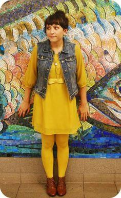 sock styles & socks inspirations Yellow tights and yellow dress Yellow Tights, Yellow Dress, Fashion Socks, Coffee Shop, Stockings, Shirt Dress, Shirts, Shopping, Dresses