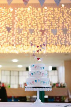 Wedding Bunting Cake http://struvephotography.co.uk/