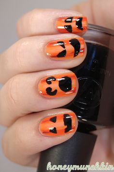 Easy Halloween Pumpkin nail art design