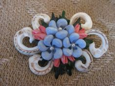 Vintage shell brooch with pearls