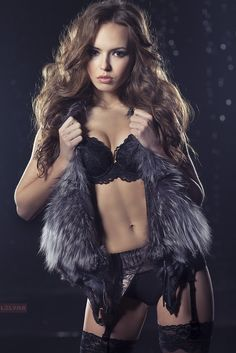 Sable Fur Coat >> 1000+ images about Erotic Furs on Pinterest | Fur, Lynx ...