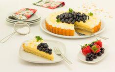 Vanilla and Quark Gateau with Blackberries - Creamy and indulgent with less fat Gelatine, Waffles, Cheesecake, Vanilla, Yummy Food, Breakfast, Blackberries, Desserts, Recipes