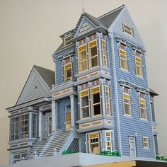 Victorian houses by Rae McCormick (SoftaRae). Click to check out the incredibly detailed interiors! I am in awe!