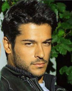 Ran (Turkish actor Burak Ozcivit) Turkish Men, Turkish Actors, Most Beautiful Man, Gorgeous Men, Popular Mens Hairstyles, Curly Hairstyles, Kino Film, Actrices Hollywood, Moustaches
