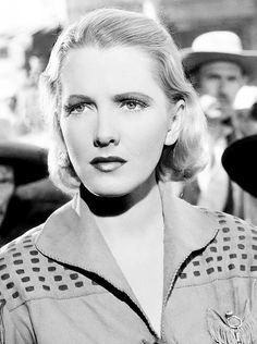 Jean Arthur in The Plainsman (1936)