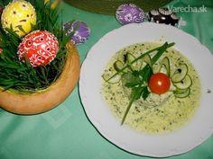 máčka zo syra a špenátu s haluškami ,tiež špenátovými. Avocado Toast, Breakfast, Basket