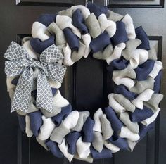 Front door wreath, everyday wreath, summer jute wreath, navy blue, white and Gray jute wreath with gray four-pass bow - home projects - # everyday Fall Wreaths, Door Wreaths, Burlap Wreaths For Front Door, Christmas Wreaths, Wreath Burlap, Burlap Christmas, Jute, Front Door Decor, Quatrefoil