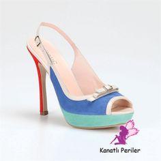 Hotiç 2013 ilkbahar yaz ayakkabı modelleri, yaza canlı renklerle hakim olacak. 2013 ayakkabı modelleri hotiç