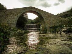 Dasyllio Stone Bridge