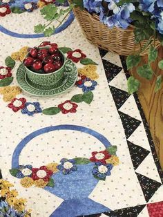 free pattern  ~  Serendipity Table Runner