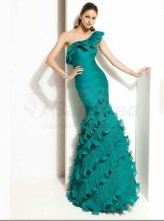 Teal dress...Hmmm interesting