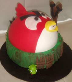 Angry Bird Cake   Like the Fan Page: http://www.facebook.com/sweetbudsbakeryfans