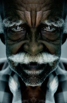 """(Look at his eyes )) """"Beautiful young people are accidents of nature, but beautiful old people are works of art. Old Faces, Many Faces, Beautiful Eyes, Beautiful People, Simply Beautiful, The Face, Moustaches, Interesting Faces, People Around The World"""