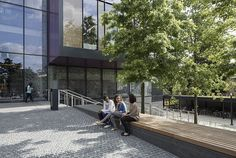 Oxford_Brookes-seating-area---credit-LUC
