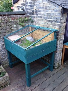 Turtle habitat, make a hole where water can pour out and a cap to close to refill water. Tortoise Cage, Tortoise House, Tortoise Habitat, Baby Tortoise, Sulcata Tortoise, Tortoise Turtle, Tortoise Terrarium, Turtle Enclosure, Reptile Enclosure