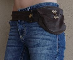 Brown leather hip purse - Inspired by Fiona from Burn Notice - hip bag / hip purse / hip pack / hip belt / fanny pack. $35.00, via Etsy.