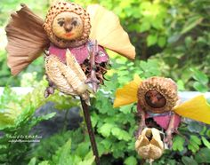 Make your own garden fairies from free natural materials in your yard! (Garden of Len & Barb Rosen) Click on the picture to go to the directions.