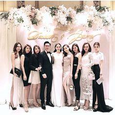 Creating Good Memories through Wedding Planning Wedding Backdrop Design, Wedding Reception Backdrop, Wedding Stage, Ceremony Backdrop, Wedding Photos, Dream Wedding, Wedding Decorations, Wedding Day, Wedding Costs