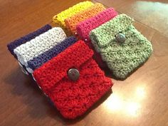 Coin Pouch-free pattern by Marilyn Smith.
