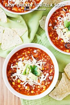 This easy chicken tortilla soup is sure to become a family favorite thanks to simple ingredients, quick prep and crumbled tortilla chips in the bottom of your soup bowl! Pulled Pork Chili, Best Soup Recipes, Copycat Recipes, Chicken Recipes, Dinner Recipes, Healthy Recipes, Chicken Tortilla Soup, Slow Cooker Soup, Bean Soup