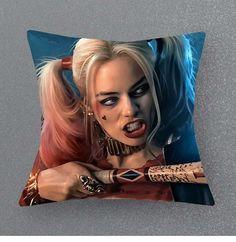 Imagem de harley quinn, suicide squad, and joker Harley Quinn Et Le Joker, Margot Robbie Harley Quinn, Harley Quinn Tattoo, Harey Quinn, Kings & Queens, Univers Dc, Batman, Joker Cosplay, Halloween Cosplay