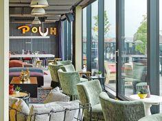 hotel bar der Dachboden im Hotel Wien - Be - hotel Suite Room Hotel, Hotel Suites, Bar Lounge, Vienna Bars, Restaurant Bar, Hotels, Heart Of Europe, Rooftop Bar, Outdoor Furniture Sets