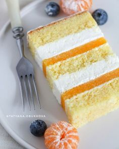 Image may contain: food Russian Cakes, Delicious Desserts, Yummy Food, Dessert Bars, Vanilla Cake, Cake Recipes, Sweet Tooth, Food Porn, Food And Drink