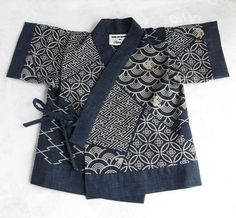 Navy Japanese Print Cotton Jinbei Set Kimono by SpurTheMoment Japanese Textiles, Japanese Fabric, Japanese Kimono, Japanese Embroidery, Japanese Coat, Blouse Batik, Batik Dress, Haut Kimono, Kimono Top