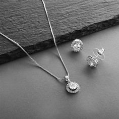 4 Sets Halo CZ Silver Platinum Plated Bridesmaid Jewelry Bridesmaid Jewelry Sets, Wedding Jewelry Sets, Vintage Glam, Ceramic Beads, Bridal Earrings, Crystal Necklace, Diamond Jewelry, Jewelry Accessories, Halo