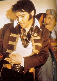 Elvis @ press conference Houston, Texas, 1970. Elvis received 5 gold record awards at the conference.