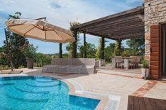 Prachtig, zeer luxe vakantiehuis met zwembad in Sorici