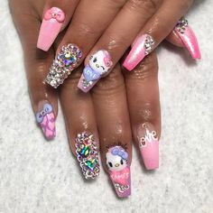 #hellokittynails #3dnails #nailsofinstagram #hellokitty #nails #nailsdid #nailsbyly #naildesigns #nailart #nailsoftheday
