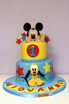 Torta Topolino e Pluto per il Primo Compleanno: interamente modellata a mano e personalizzata