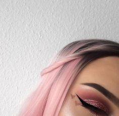 all pink beauty, fashion & more.