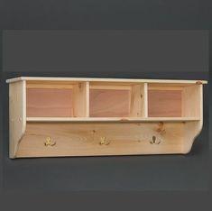 Pallet Storage Bench Diy Entry Ways Ideas Diy Storage Bench, Pallet Storage, Cubby Storage, Wood Storage, Cubby Bench, Storage Ideas, Wooden Projects, Woodworking Projects Diy, Woodworking Basics