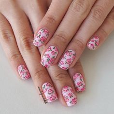Pink floral is the best floral! Inspired by the AMAZING @followthatway. Her floral designs are soooo lovely and she has video tutorials too!