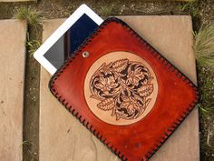 Leather I pad Case / Hand carved and Tooled / Sheridan / I Pad Case / Cover