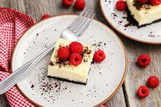 Black and White Cheesecake Bars | White Chocolate Cheesecake with an Oreo Crust
