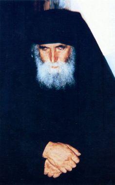 Πνευματικοί Λόγοι: Σαν σήμερα γεννήθηκε ο Άγιος Γέροντας Παΐσιος Orthodox Icons, Monaco, Christianity, Saints, Painting, Greece, Magic, Photos, Paintings