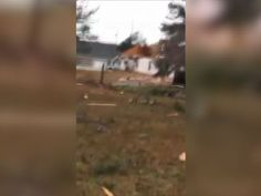 15 people killed as tornadoes hit the South