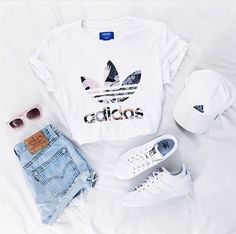 adidas, outfit and white image – – - school outfits Teenage Outfits, Teen Fashion Outfits, Mode Outfits, School Outfits, Fashion Ideas, School Shoes, Fashion Trends, Cheap Fashion, Girl Fashion