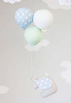 Elefante bebé móvil Pastel azul menta y blanco niños Diy And Crafts, Etsy, Party, Baby Dolls, Pastel Blue, White People, Baby Elephants, Handmade Gifts, Blue Nails