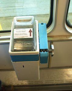"""""""Касса"""" в автобусе-трамвае-троллейбусе. Заходишь - опусти монетку и сам открути билет. Функция """"контролера"""" возлагалась на самих пассажиров. И ведь работало! Все платили, даже дети малые.."""