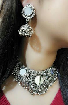 Silver Ring With Stone Key: 1800708547 Indian Jewelry Earrings, Gold Rings Jewelry, Silver Jewellery Indian, Jewelry Design Earrings, Gold Earrings Designs, Women's Earrings, Snake Jewelry, Bohemian Jewellery, India Jewelry