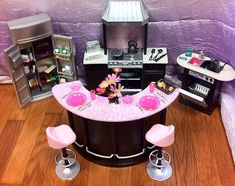 A customized Happy Hour set and kitchen for Barbie! Ken gets hungry! Barbie Room, Barbie Doll House, Barbie Dolls, Diy Barbie Furniture, Barbie Kitchen, Barbie Diorama, Barbie Doll Accessories, Barbie Clothes, Barbie Stuff