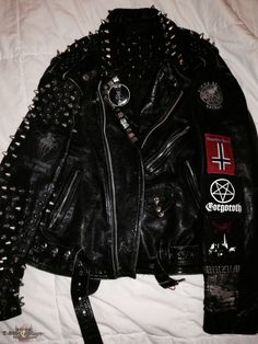 Super Duper Black Metal Trooper Vest With True Norwegian Leather Jacket : Super Duper Black Metal Trooper Vest With True Norwegian Leather Jacket Punk Outfits, Gothic Outfits, Cool Outfits, Metal Fashion, Punk Fashion, Punk Jackets, Battle Jacket, Spring Fashion Trends, Black Metal