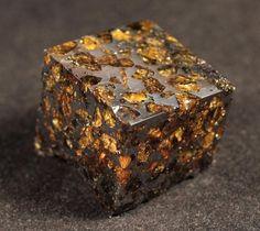 Pallasite Meteorite Cube
