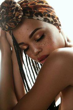 "blackfashion: ""Black women with freckles Model Taelor Moore shot by Michael Carson "" Black Girls With Freckles, Black Freckles, Freckles Makeup, Freckles Girl, Just Beauty, Beauty Women, Black Women Fashion, Black Models, Female Models"