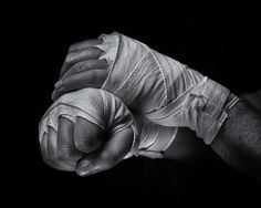 Kick Boxing, Boxing Girl, Boxing Workout, Boxing Drills, Manos Tattoo, Hands Of Stone, Boxing Images, Boxing Posters, Boxing Gloves
